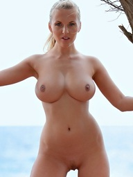Amazing babe Janine with perfect body and..