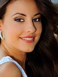 Beautiful Lorena rapine showing say no to..