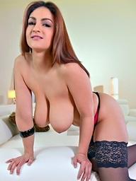 Sandra Milka vibrator sofa Full HD