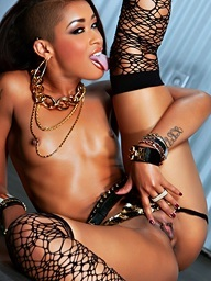 Penthouse.com Photo Gallery - Skin Diamond - Penthouse Pets™ and the World's Sexist Chicks Since 1973