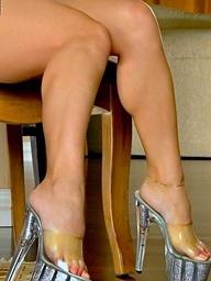 Foxes.com: Jenny Poussin - Cute Pamper White Weave Underwear