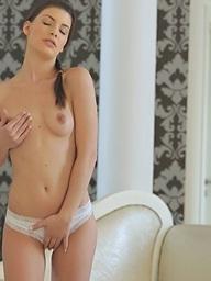 Ennie Sweet on 21Naturals.Com - Herself